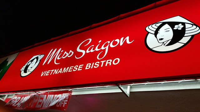 2015-Dec-6 Miss Saigon - awning