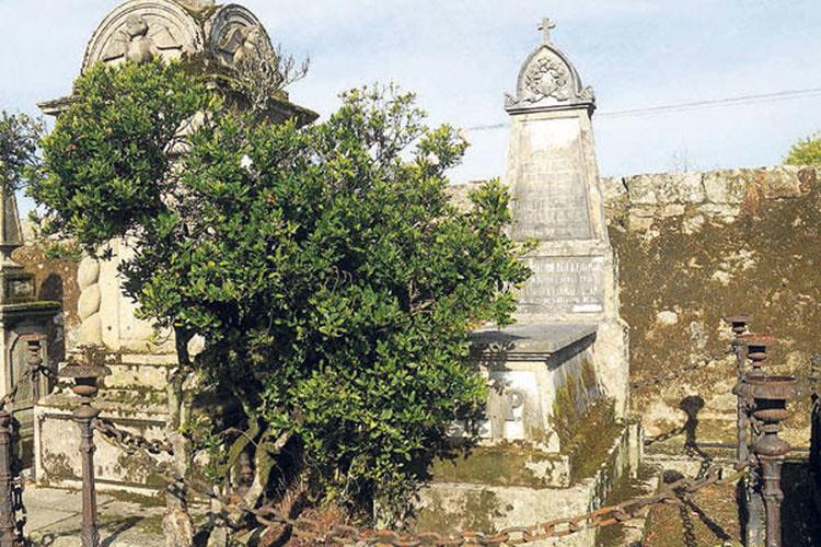 Cementerios skyscrapercity for Cementerio jardin del mar