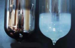 Ống bên trái = ống chân không hiện tại Ống bên phải = Lỗi