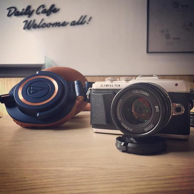 中一 25mm f/0.95 小機器小眼睛。 #mikaton  #zhongyi  #中一 #25mm #m50x #m50 #epl7 #olympus