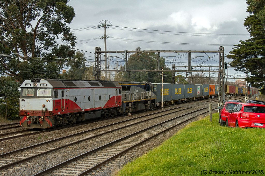 G532-VL362 with 9476 up Qube Maryvale paper train at Malvern (18/8/2015) by Bradley Matthews