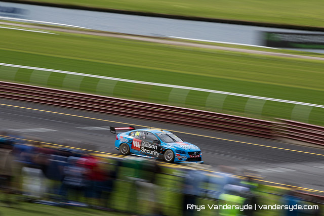 V8 Supercars - Wilson Security Sandown 500 - 2015