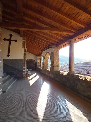 Atrio iglesia de Valderrueda
