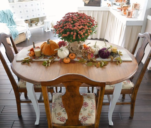 Fox Hollow Cottage Tablescape