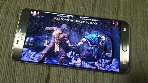 เล่นเกม Mortal Kombat X บน Samsung Galaxy S6 edge+