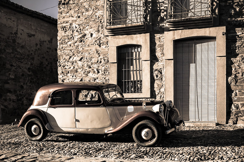 Citroën 11B - Lateral