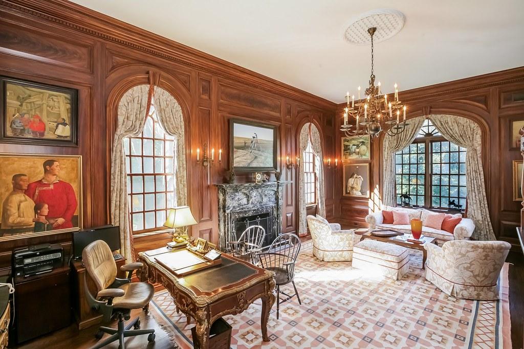Old Mansion Living Room