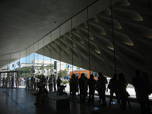 DSCN0316 _ Broad Museum, LA