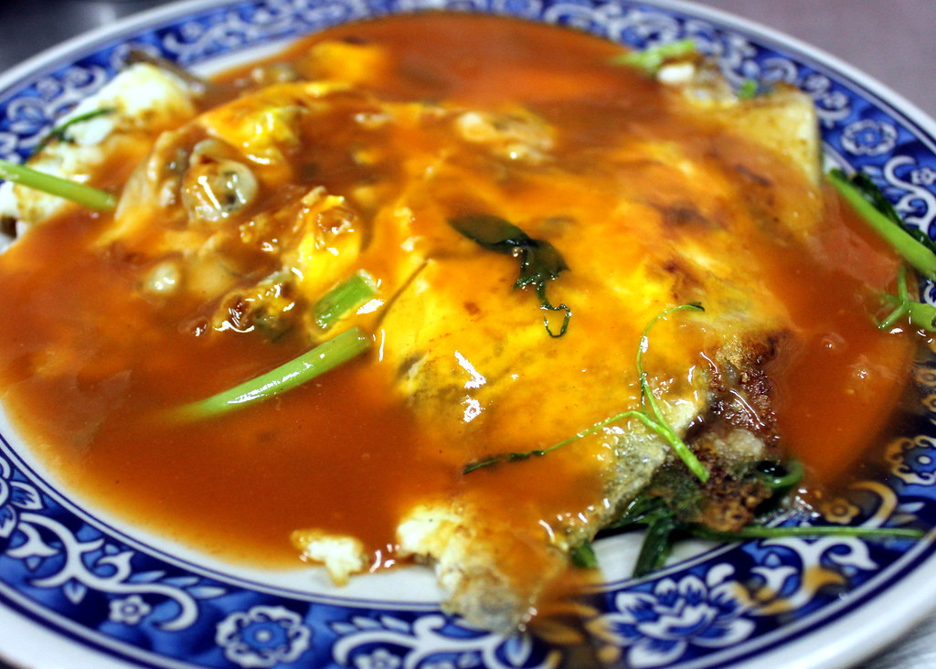 Taipei Night Market Trail: lehua night market oyster omelette