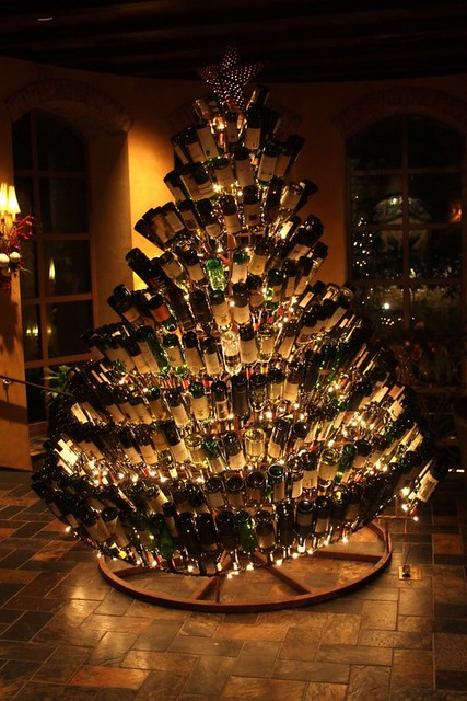 wine_bottle_christmas_tree