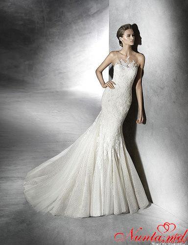 Новые коллекции 2016 в  салонe Feerie > Только до 15 января скидки до 55% на все свадебные коллекции Pronovias в салонe Feerie