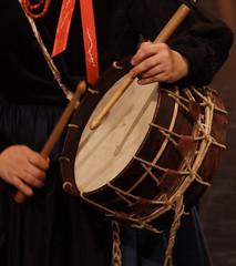 Instrumentos de muyeres - Tambor