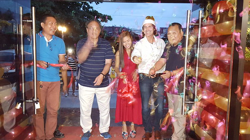Austrian Markus Ableitinger with Gina Esperanza Ellorango and guests during the ribbon cutting| Fresh Roast of Great FROG Kaffee & Roastery Opens in Davao - DavaoFoodTrips.com