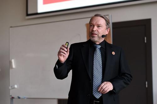 Prof. Kalevi Ekmana publiskā lekcija «Aizraujošs studiju process»
