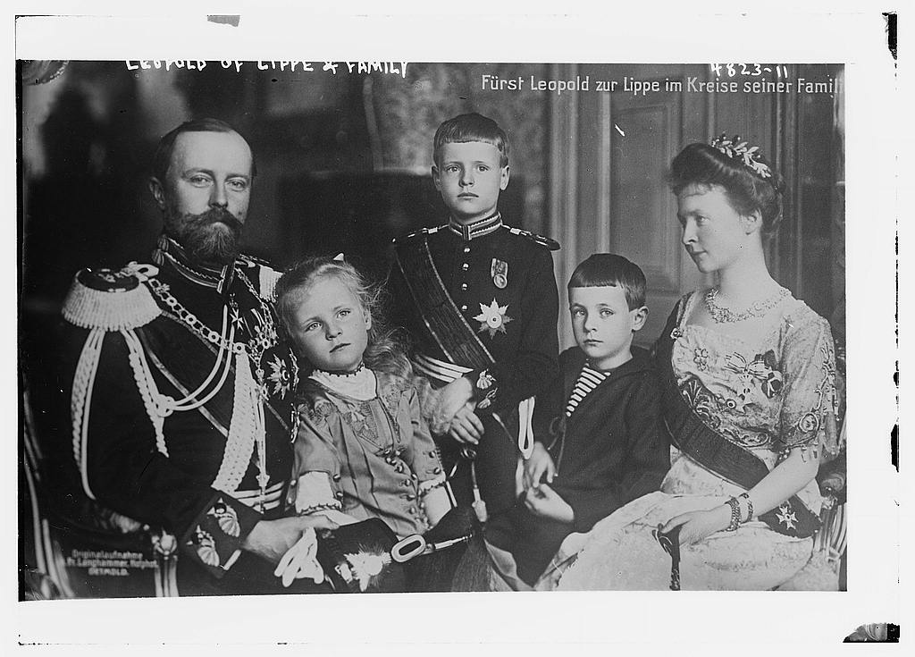 Leopold of Lippe & family (LOC)