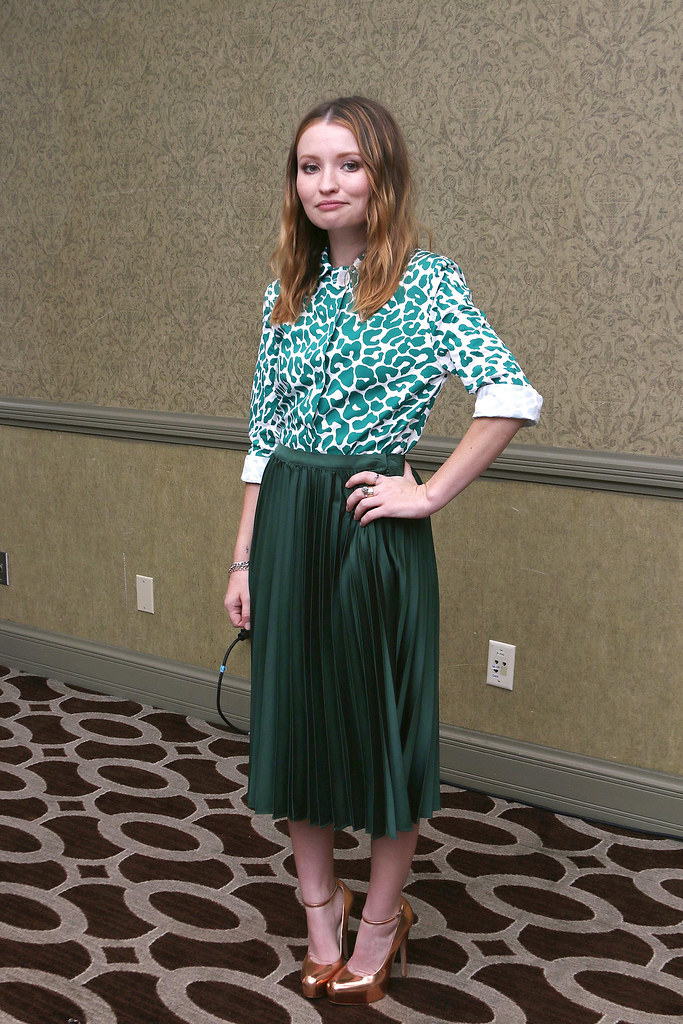 Эмили Браунинг — Пресс-конференция «Легенда» на «TIFF» 2015 – 7