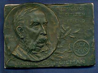 Johns Hoplins medal3