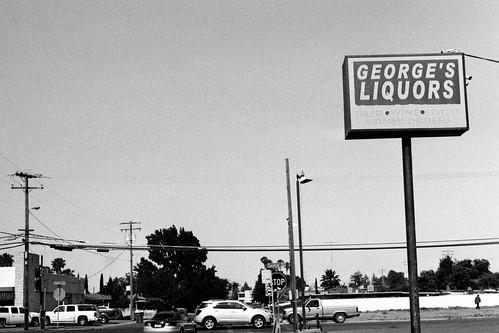 George'sLiquor B&W