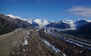 019 Gletsjer vanuit de lucht