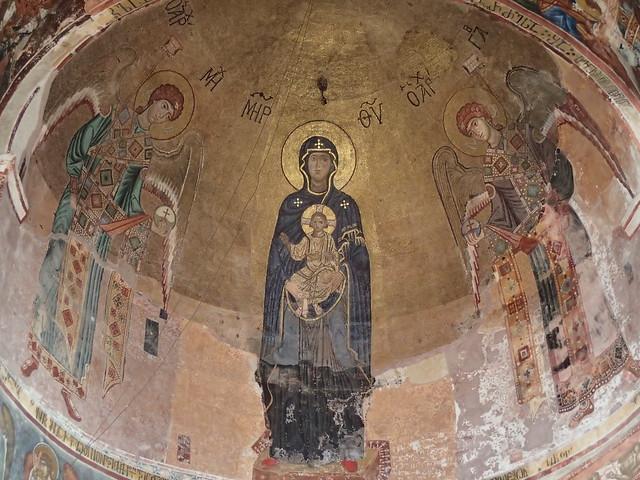 聖母子と大天使のモザイク画