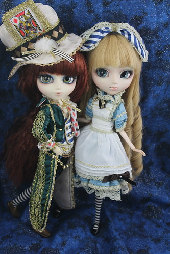 Classical Mad Hatter & Alice
