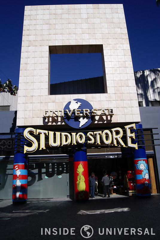 Photo Update: December 19, 2015 - Universal Studios Hollywood - Universal Studio Store