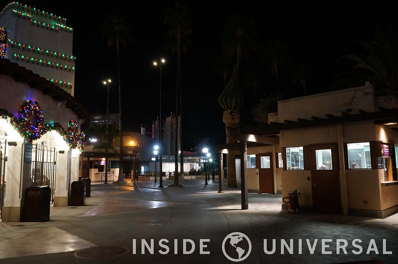 Photo Update: December 19, 2015 - Universal Studios Hollywood - Entrance