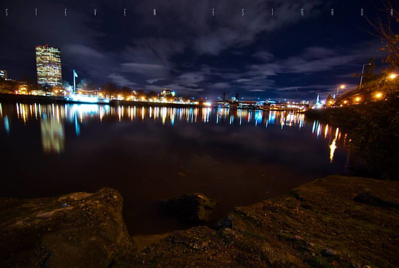 Nikon: Nikon D200   I love seeing this skyline at night.  #nikon #cityskyline #portlandoregon #portland #oregon #beautiful #pdx #night #river #instaphoto #adventure #urbanexplorer