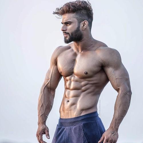 Vipin from India New Delhi  @vipin_rathore_fitness  فيبان من الهند نيودلهي .. .. .. .. .. #cardio #india  #bodybuilding #muscles #muscle #Kuwait #q8 #physique  #o2 #oxygen #protein #amature #الكويت #السعودية #الامارات #البحرين #قطر #دايت #رجيم #مكملات #If