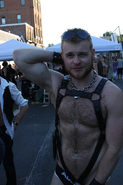 HELLA CUTE HAIRY MUSCLE GINGER HUNK !  FOLSOM STREET FAIR 2016 ! ( safe photo )