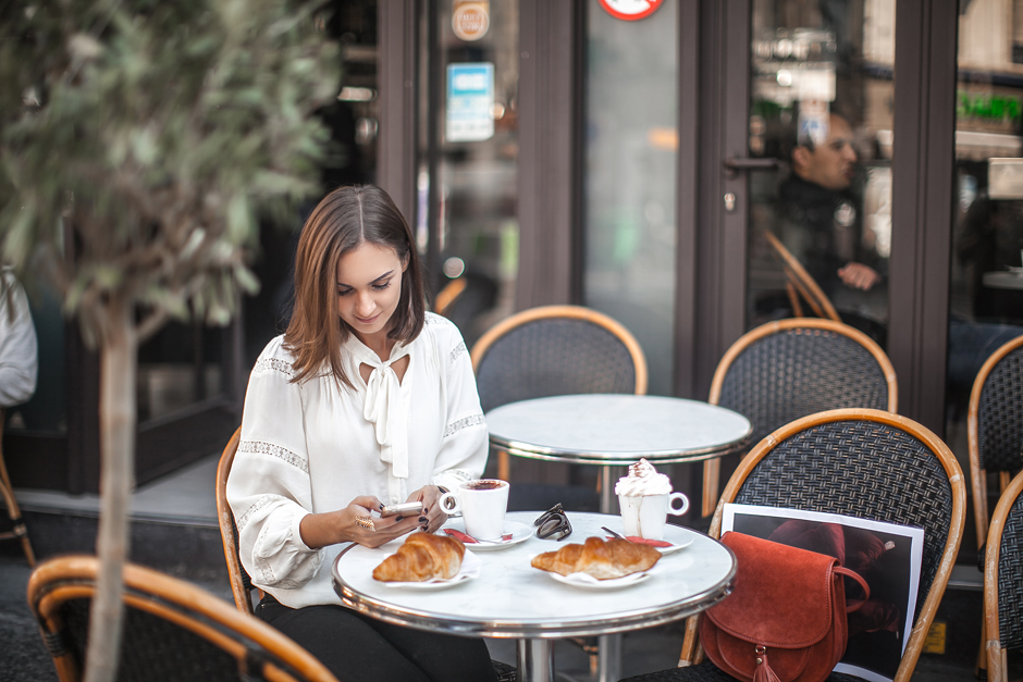 fashion-blogger-paris-cafe