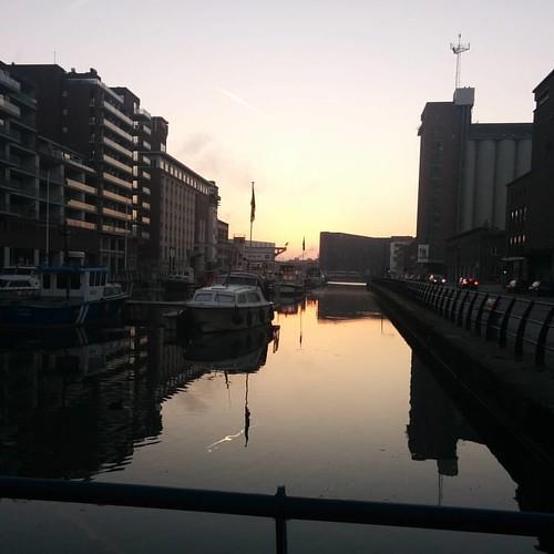 Die ochtend aan de Vaart part 2. 🌅 #sunrise #mondaymorning #opdefiets