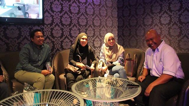 Menonton Wayang Bersama Petronas