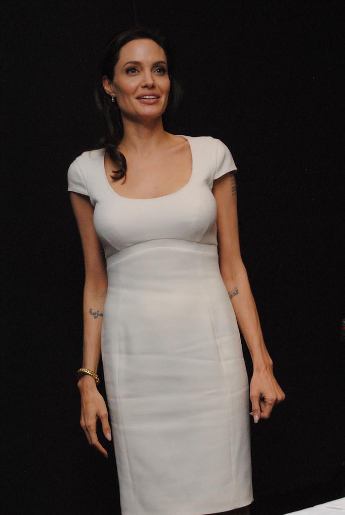 Анджелина Джоли — Пресс-конференция «Несломленный» 2014 – 80