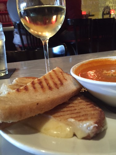 ISO the Best Grilled Cheese Sandwich Experience : Part 1 | Cheestique in the Village at Shirlington