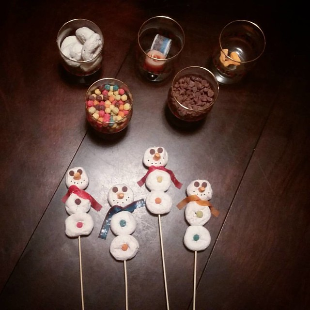 Middle of the night preschool snack assembly. Nothing better to do at 1 AM, right?!? Out of everything Lily could choose, she chose this one. Of course. But, hey, I'm a doughnut snowman-making pro now! 20 snowmen later, I'm ready for bed! #thethingswedof