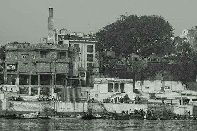 Harishchandra Ghat, another crematorium along the Ganges. Varanasi (India). 27 Dec 2015