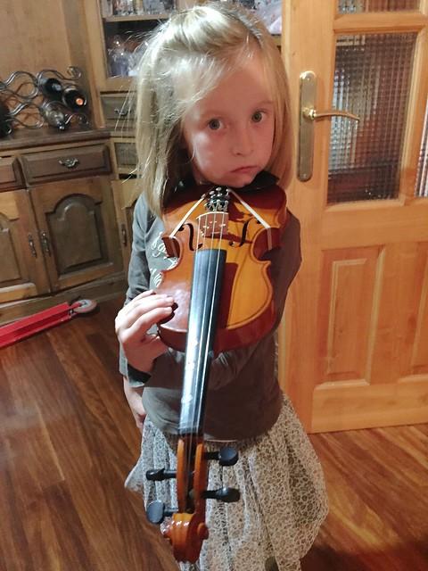 Nora Violin Lessions