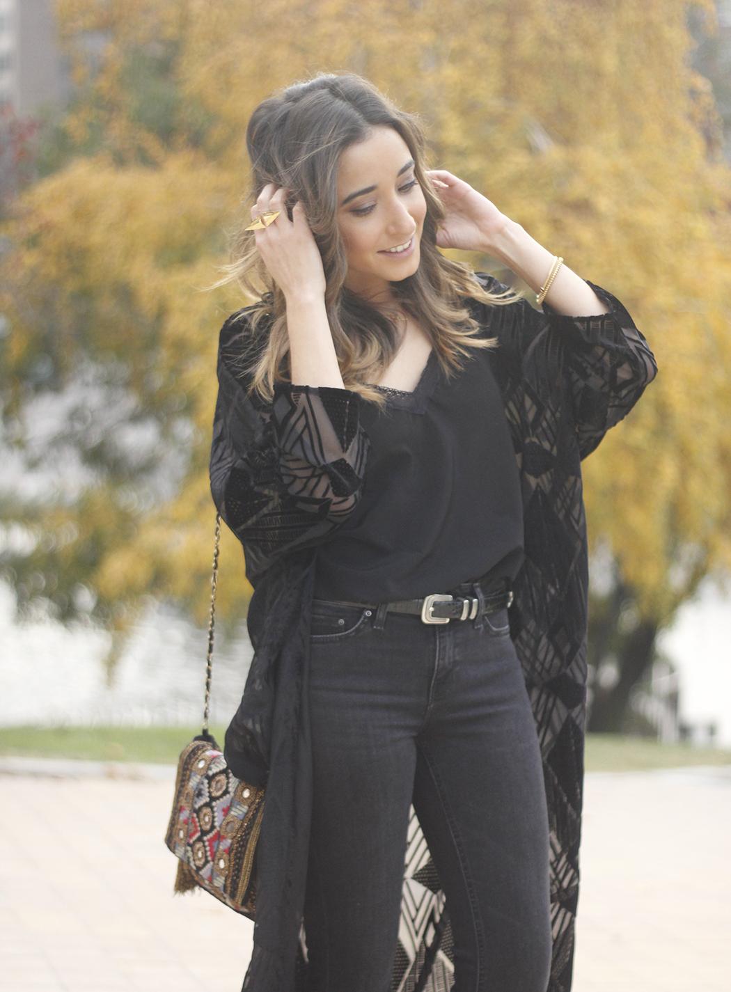 Black Kimono Black flared jeans outfit23