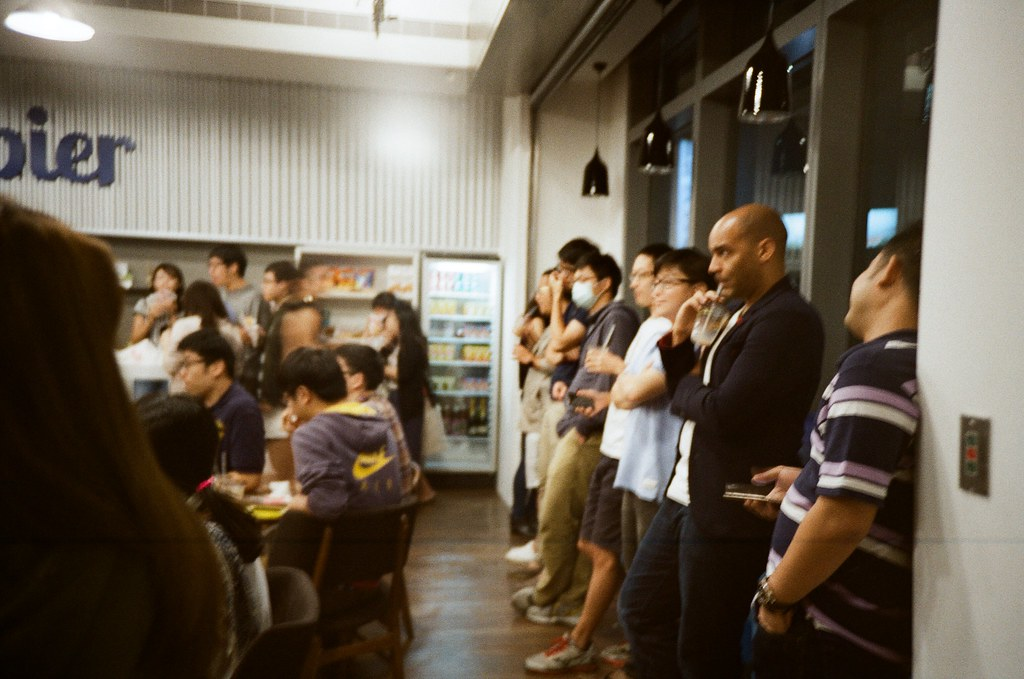 About My New Job / Kodak ColorPlus / Lomo LC-A+ My colleagues from everywhere, not only from Taiwan.  Lomo LC-A+ Kodak ColorPlus ISO200 2745-0013 2015/11/6 Photo by Toomore