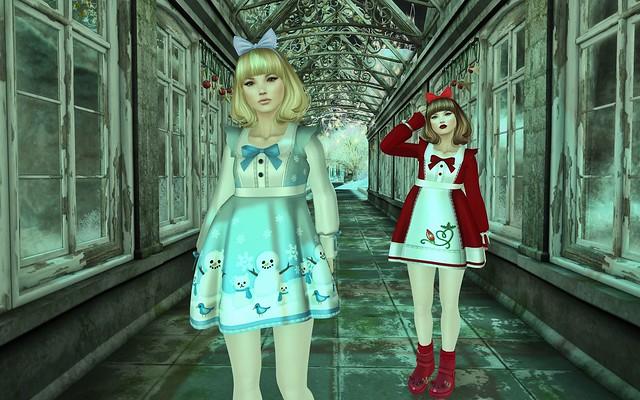 twins stroll...