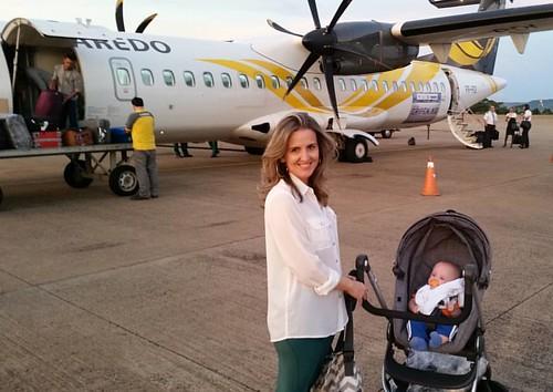 Primeiro experiência de voo um sucesso absoluto, mal acordou durante o voo. Nasce mais um amante do ATR... #voepassaredo
