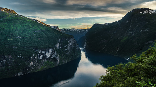 travel sunset sea sky mountain seascape nature water weather norway clouds reflections landscape geotagged photography photo waterfall europe outdoor no sony fjord fullframe onsale ultrawide a7 geiranger geirangerfjord møreogromsdal sonya7 sonyfe1635