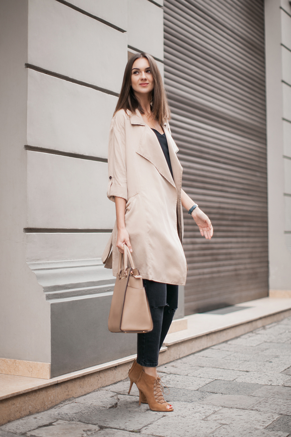 waterfall-trench-coat-fashion-look