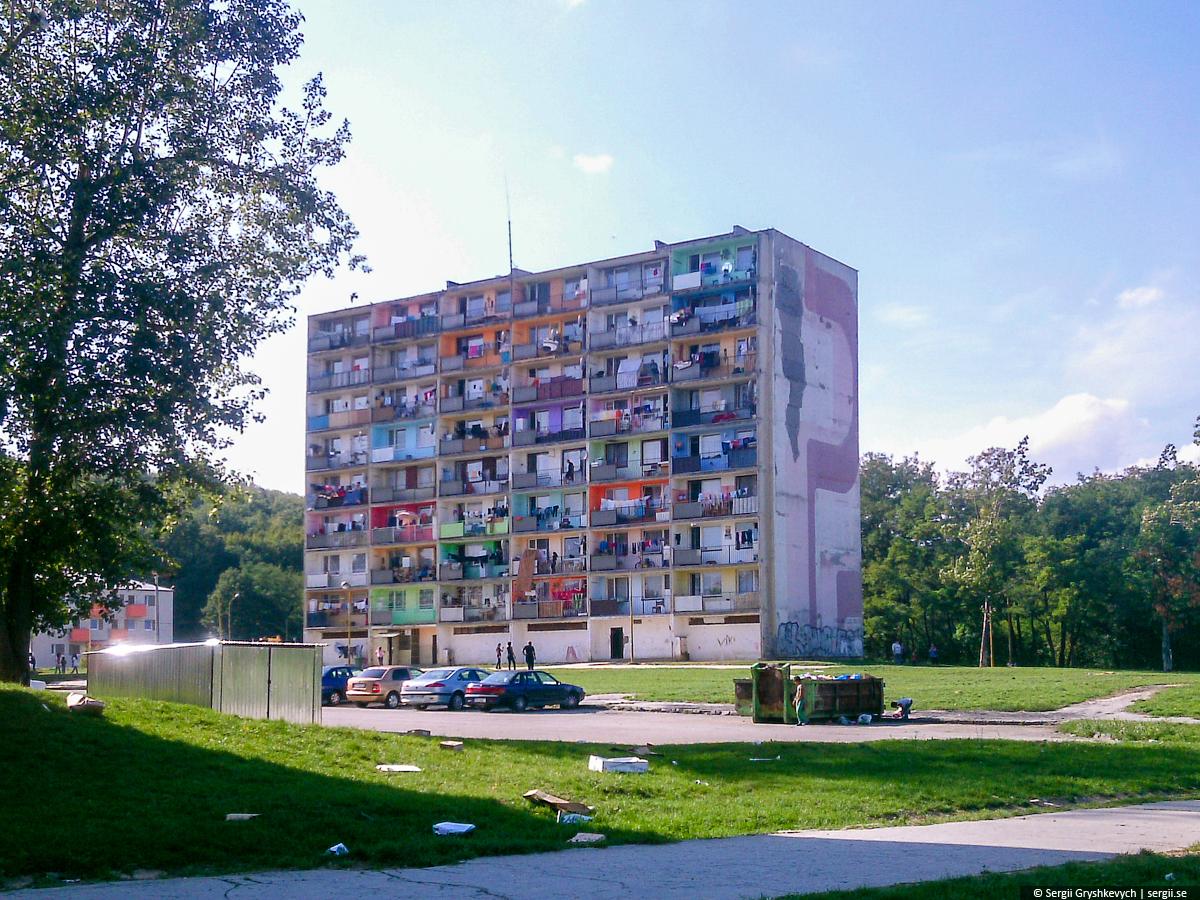 Kosice_Gypsy_Ghetto_Lunik_IX-28