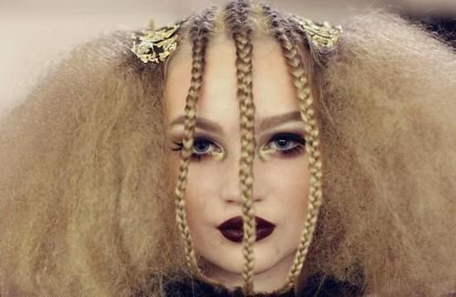 Характер жінки розкриває зачіска