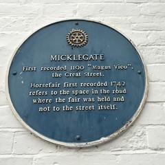 Photo of Micklegate, Pontefract and Micklegate horsefair, Pontefract blue plaque