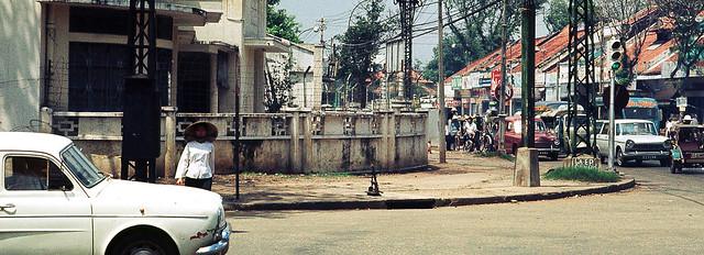 Saigon Nov 1968 - Ngã tư Lê Văn Duyệt-Hồng Thập Tự, nay là ngã tư CMT8-NTMK.