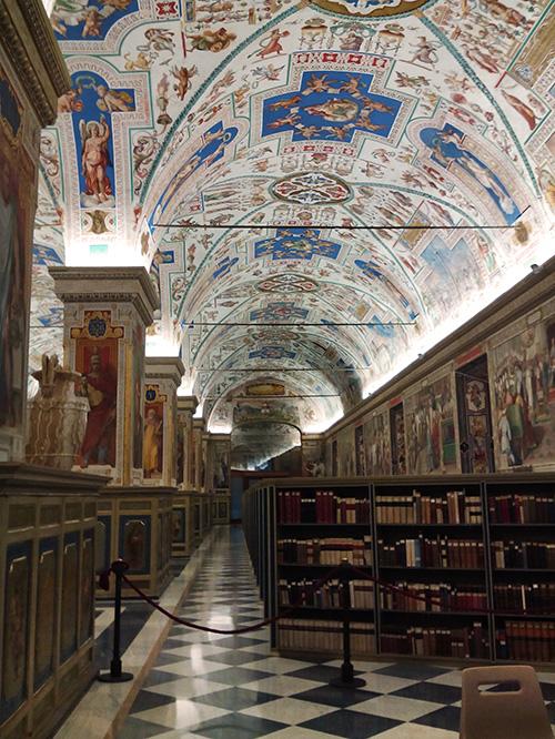 Salone Sistino Biblioteca Vaticana Roma