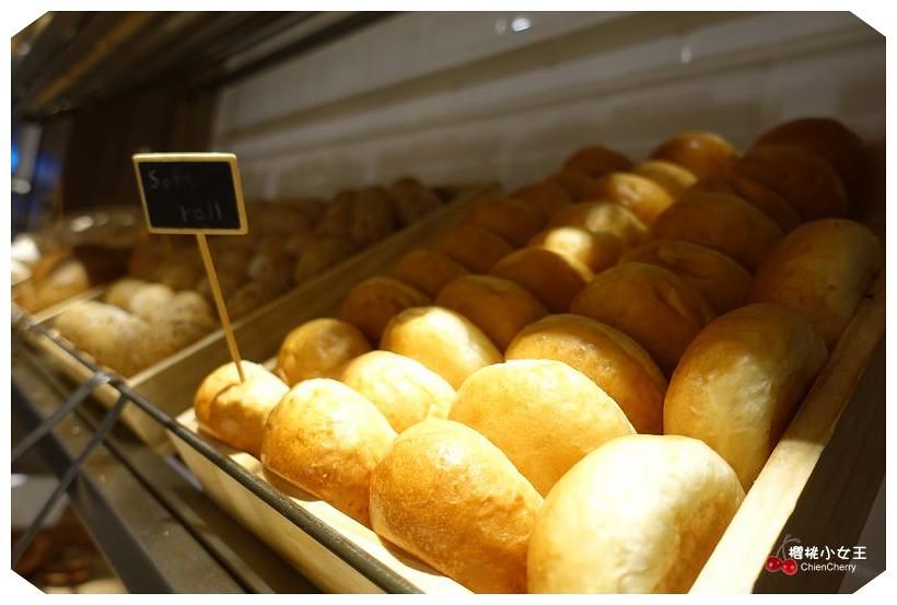 台北君悅酒店 Grand Hyatt Taipei 凱菲屋Cafe 台北吃到飽餐廳推薦 101世貿站美食 凱菲屋下午茶 捷運美食